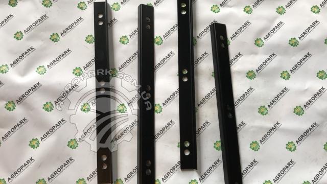 Пластина ножа вальця прижимна права/ліва 502353 / 502352